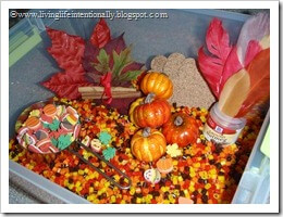 Fall Sensory Bin with fushion beads #sensoryplay #kidsactivities #preschool