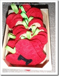 Felt Counting Apples
