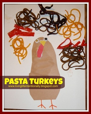Fun to make turkey craft out of pasta. Super cute craft for kids to make for Thanksgiving or November with toddler, preschool, prek, and kindergarten age kids #thanksgiving #turkey #craftsforkids