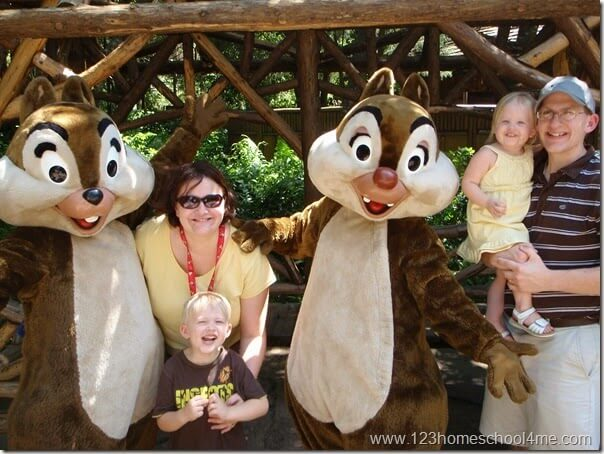 Animal Kingdom - Meeting Chip and Dale