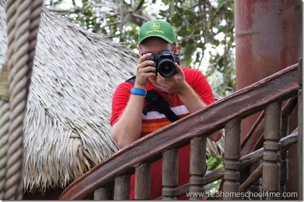 tips for taking pictures at Disney World
