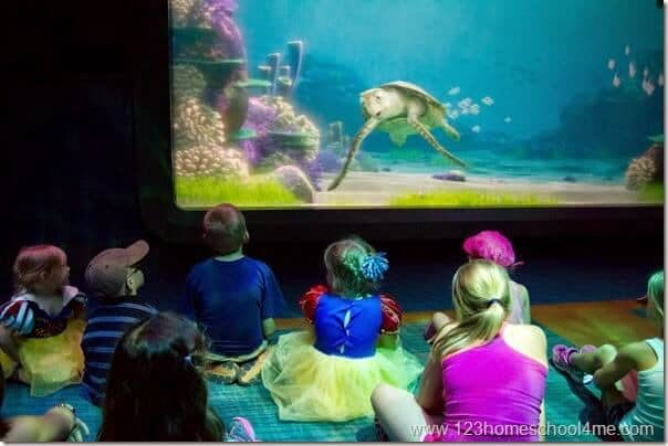 Turtle Talk with Crust at Epcot Disney World