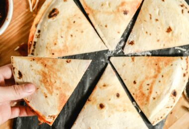 quesadilla recipes using flour tortillas, pepperoni pizza, mozzarella cheese, and pizza sauce