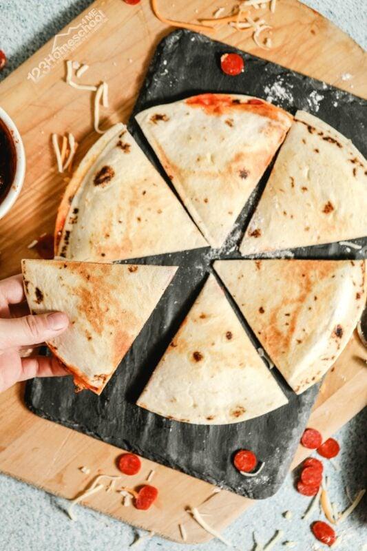 quesadilla recipes using flour tortillas, pepperoni pizza, mozzarella cheese, and pizza sauce