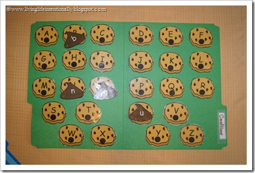 Cookies Alphabet File Folder Game