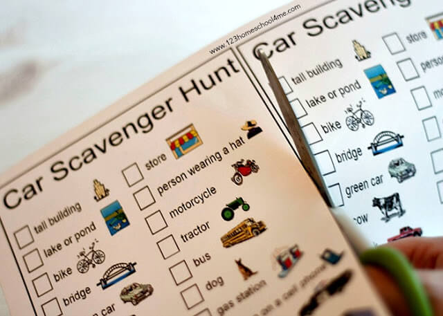 Free printable car scavenger hunt for family road trips