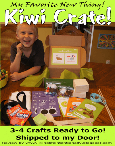 Kiwi Crate has fun, engaging crafts for kids!