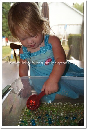 Water Bead Sensory Play for Toddler and Preschoolers