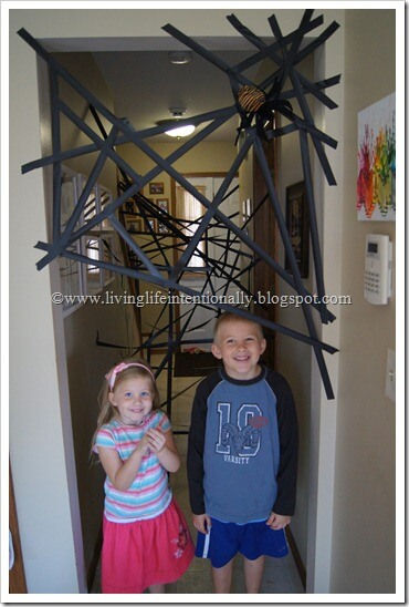 Giant Spider Web Obstacle Course for Preschoolers - Spider Web Game for Preschoolers