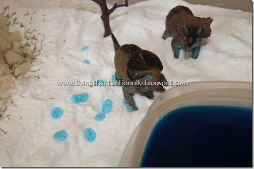 Fizzy Dinosaur Footprints