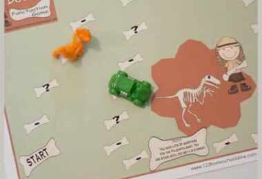 Dinosaur Bones Punctuation Game