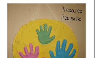 Mothers Day Crafts for kids - use our simple technique for a mothers day idea you will treasure forever as you can touch your young children's hands forever #mothersday #craaftsforkids #mothersdaygifts