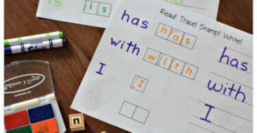 FREE Read! Trace! Stamp! Write! these free printable sAs my kiddo was learning to read I found that he benefited from some extra practice with the most commonly used words. are a fun way for kids to practice common sight words. perfect for preschool, kindergarten, and first grade #sightwords #kindergarten #preschool
