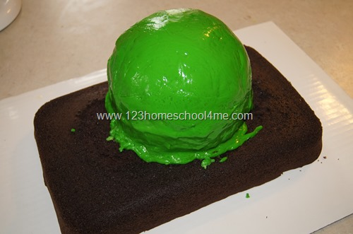 White chocolate glazed Mike Wazowski cake