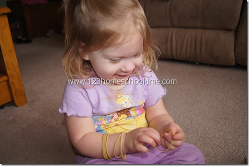 Toddler Time Tuesday Rubberbands are Fun