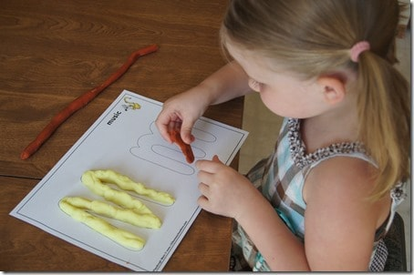 ABC Playdough activity to help preschool and kindergarten kids learn alphabet letters