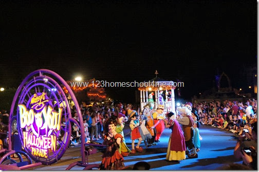 Mickey's Not So Scary Halloween Party Disney World Boo to You Halloween Parade