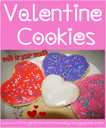 These sugar cookies literally melt in your mouth #recipes #valentines #yummy