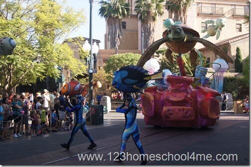 Pizar pals Parade in California