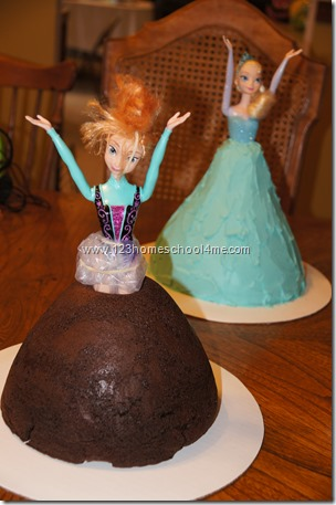 Frozen Anna & Elsa Cakes for Frozen Birthday Party