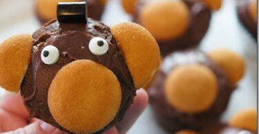 Super cute Abu cupcakes for a fun themed Aladdin food