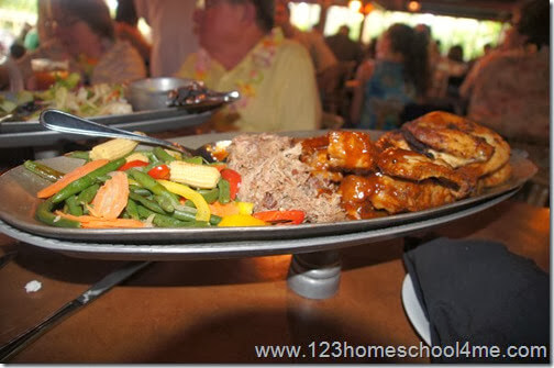 Disney's Polynesian Spirit of Aloha Dinner Show Food