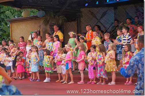 Disney's Polynesian Spirit of Aloha Dinner Show child participation