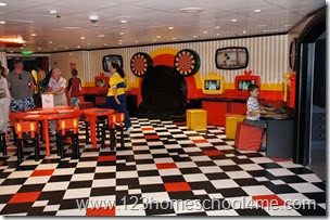 Mickey Mouse room in Oceaneers Club on Disney Magic