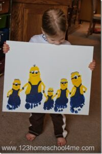 Our family enjoys our family fun nights. Some times they are filled with games, others involve fun outings, but many times they are focused around the theme of a favorite movie. Here is our families Despicable Me Family fun night with the food, activity, and craft we did alongside it.