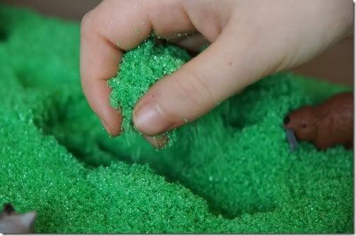 Science Sensory Bin for Preschoolers #preschool #sensory #scienceisfun