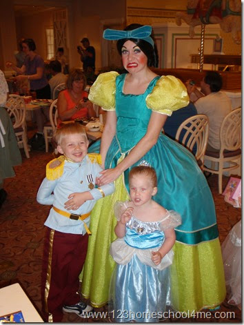 Kids wearing costumes have EXTRA fun interacting with Disney characters!