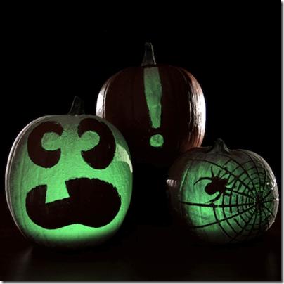 Glowing Pumpkins: Halloween Science #scienceisfun #homeschool #education