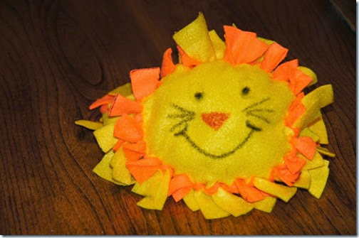 Lion Pillow Preschool Craft for Kids