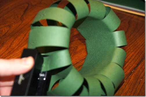 continue all around the wreath making it a circle