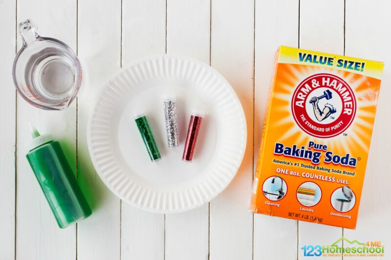 easy christmas science experiment using baking soda and vinegar experiment