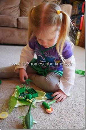 St. Patrick's Day Color Hunt for Kids