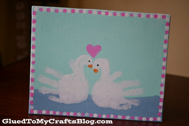 valentine-swan-handprint-craft