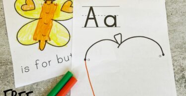 Help kids learn their alphabet letters with this funabc printable! Preschoolers will have fun matching upper and lowercase letters as they complete these alphabet dot to dot a to z. This free printable alphabet worksheets are a fun way to work on letter recognition or alphabet recognition while improving fine motor skills at the same time.