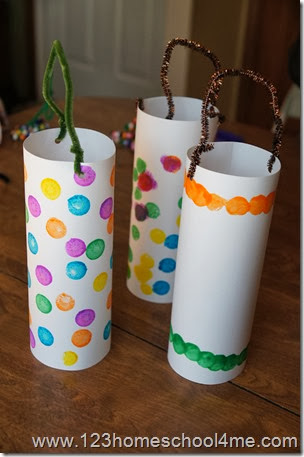use pipe cleaner to make a handle