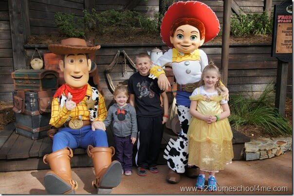 meet characters at magic kingdom like woody and jessie