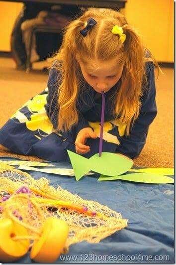 straw fishing acitvty for kids