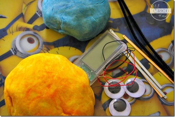 Items Needed for Minion Squishy Circuits