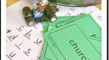 Lego Mini Figure Spelling Game
