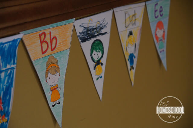 Princess Alphabet Pennants to Color