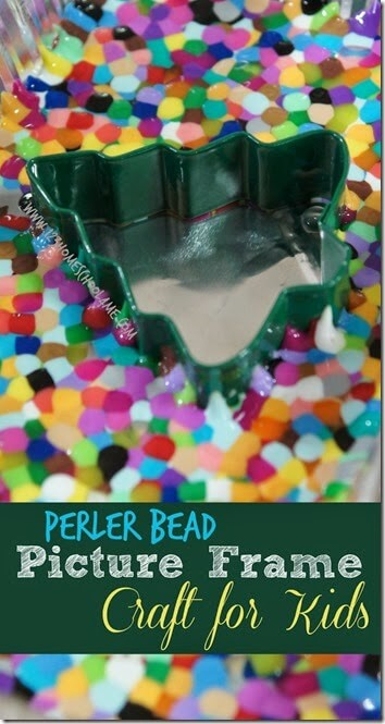 EASY Melted Bead Picture Frame Craft for Kids - fun to make Christmas crafts or Picture Frame Craft Ideas for kids!! This Christmas crafts easy makes a great Christmas crafts kids gifts for grandparents. Easy Christmas craft preschool, toddler, kindergarten, first grade, 2nd grade, 3rd grade,and 4th grade kids to make. #perlerbeads #christmas #craftsforkids