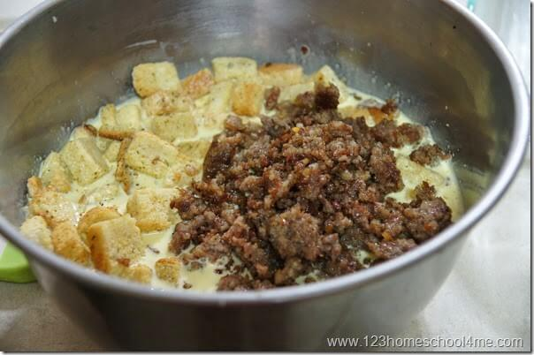 add croutons to your breakfast casserole