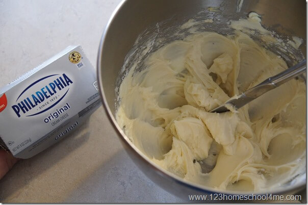 cream cheese frosting for cinnamon rolls