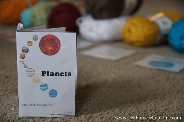 planets - free printable book to teach kids about the solar system