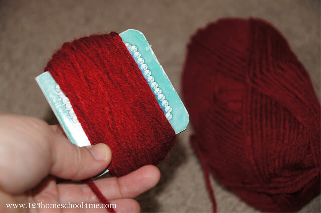wrap yarn around different size objects
