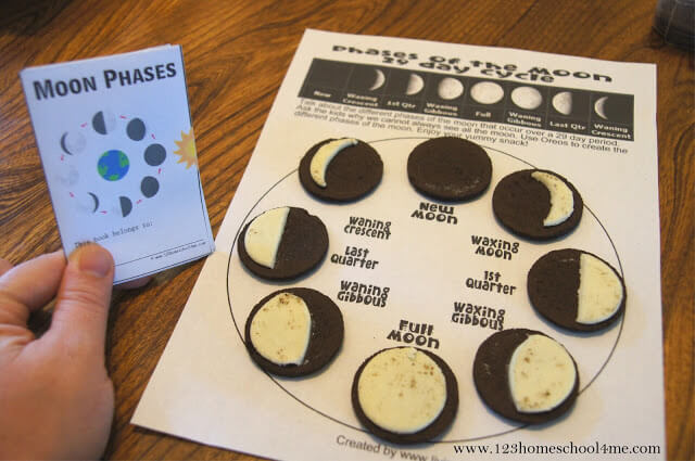 Oreo Moon Phases to help kids learn about moon phases with free printable worksheet and moon phases mini book